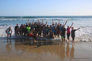 large-group-team-building-beach-cleanup